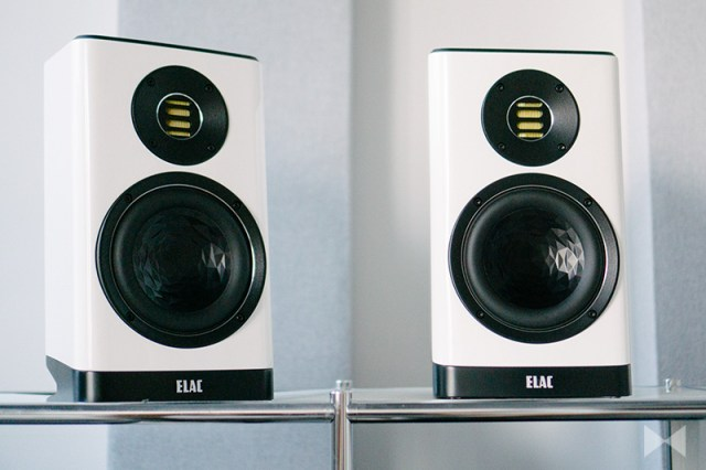 Elac Vela BS 403 Review