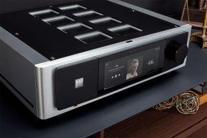 NAD M33 Verstärker streamt mit BluOS, Bluetooth und AirPlay 2