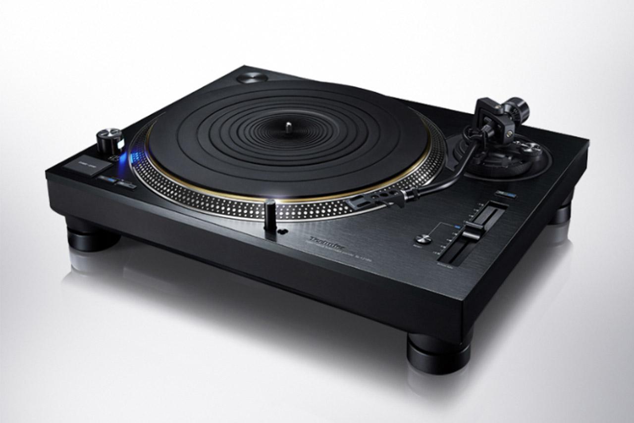 Technics SL-1210G: schwarze Version des direktangetriebenen Plattenspielers