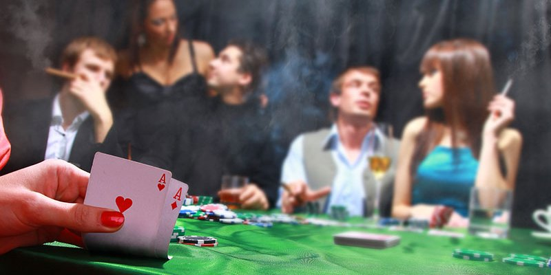 Put The Best Poker Table For Home Games In Your Basement or Game Room