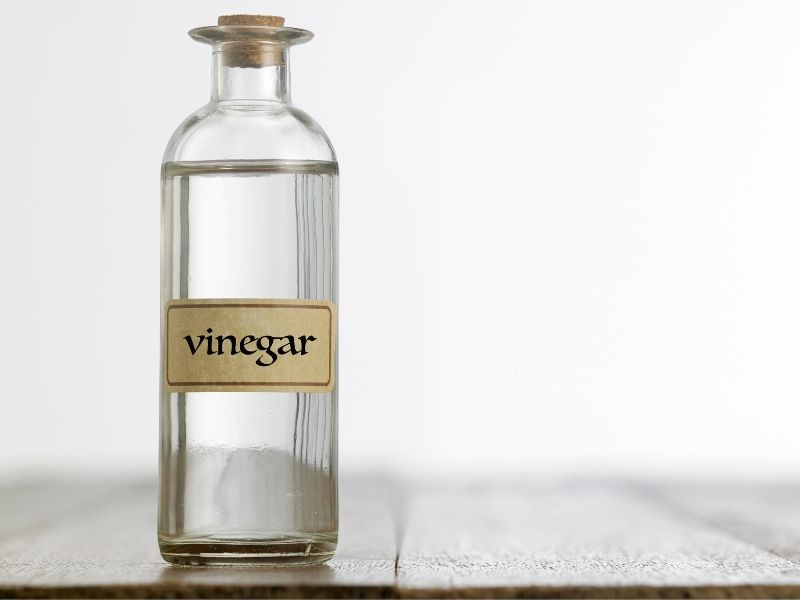The Many Household Uses for White Vinegar