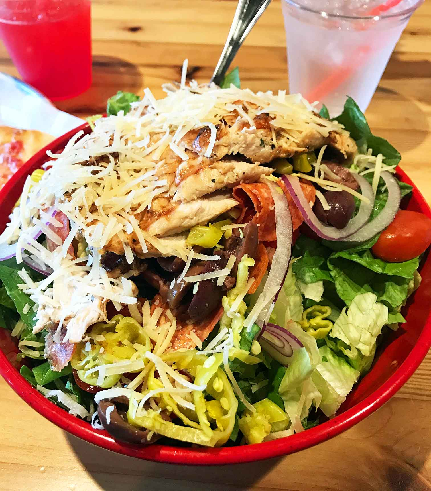 Local Eats Pizza in Gilbert Arizona. Best Places to Eat in Arizona by Modern Honey. A list of all of the favorite and most popular restaurants to eat in Arizona. Tips on the best items to order. www.modernhoney.com