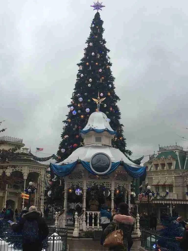 Main Street Christmas tree Disneyland Paris