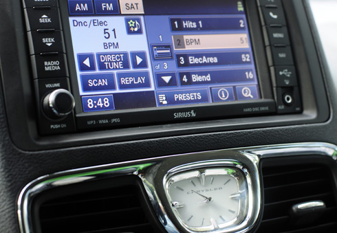 Chrysler Town & Country Front Touchscreen Console