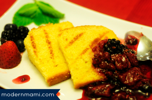 Grilled Poundcake with Mixed Berry Sauce