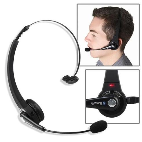 Gaming Headset - 5 Father's Day gift ideas for artists or gamers, all under $30