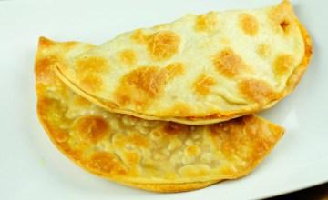 Sweet Potato & Cream Cheese Empanadas {Recipe}