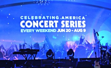 Celebrate Summer and America With SeaWorld Orlando