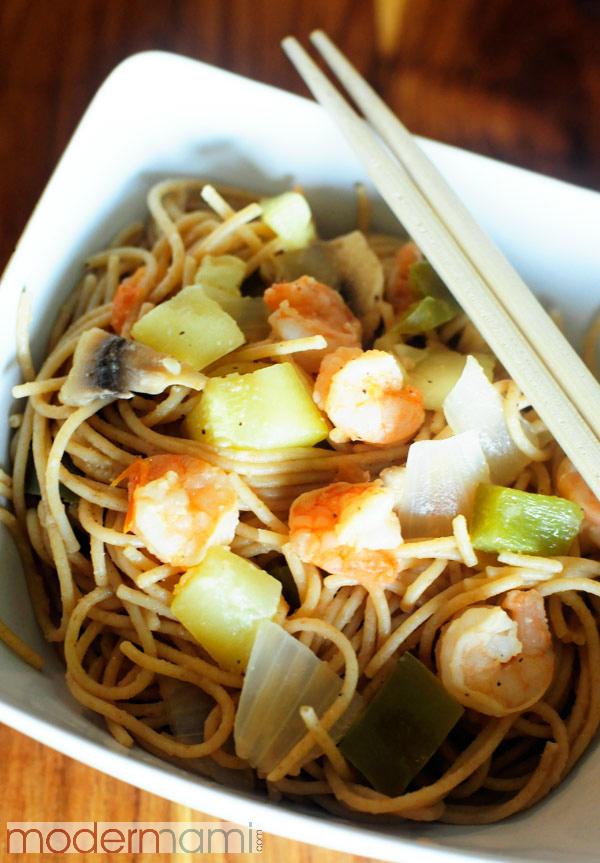 Simple Lenten Recipes: Shrimp & Vegetable Noodles