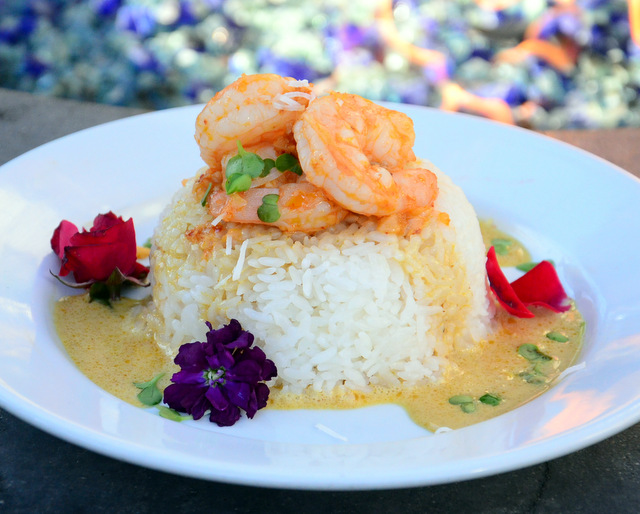 Shrimp with a Beurre Blanc Curry Sauce
