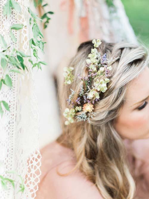 wedding hair flower ideas 15