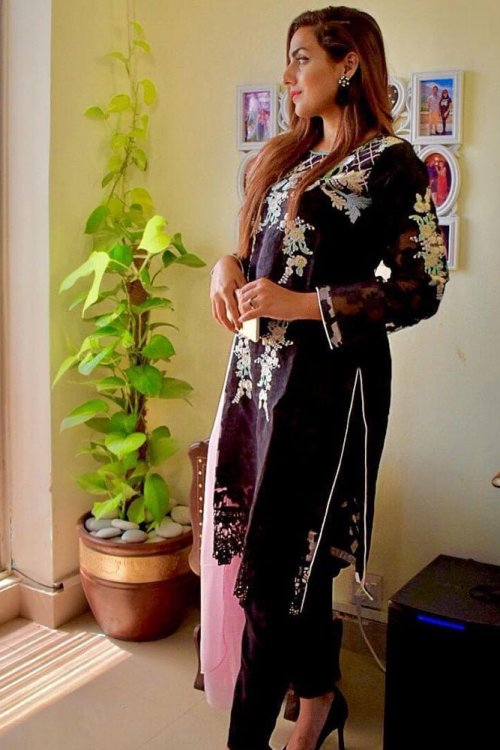 women black embroidered dress
