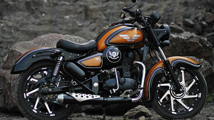 Royal Enfield Classic 350 'Rebel Rust' by Vardenchi
