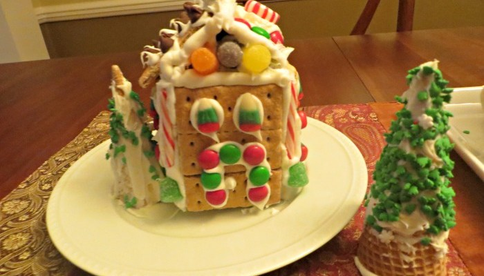 Make It! Easy Gingerbread Village