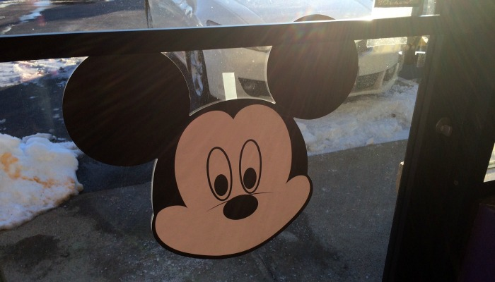 pin-the-mouth-on-mickey