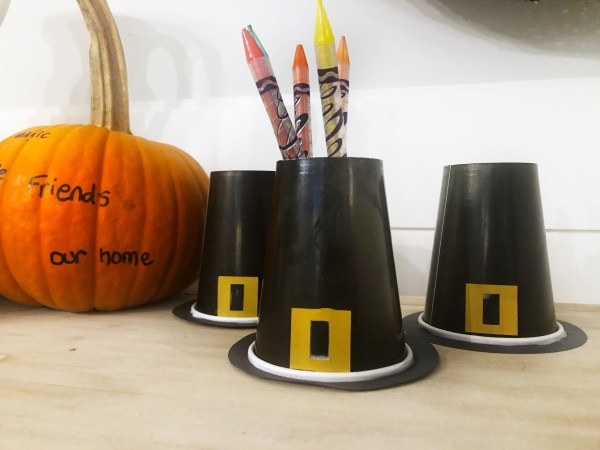 paper cup pilgrim hat holders