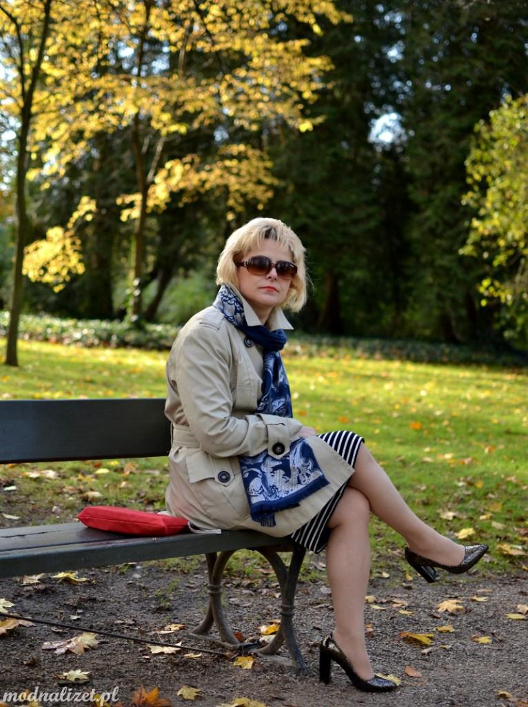 Modna Lizet i jesienny płaszcz