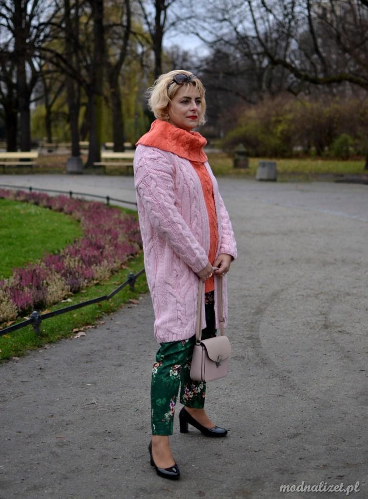 Słodkie kolory swetrów