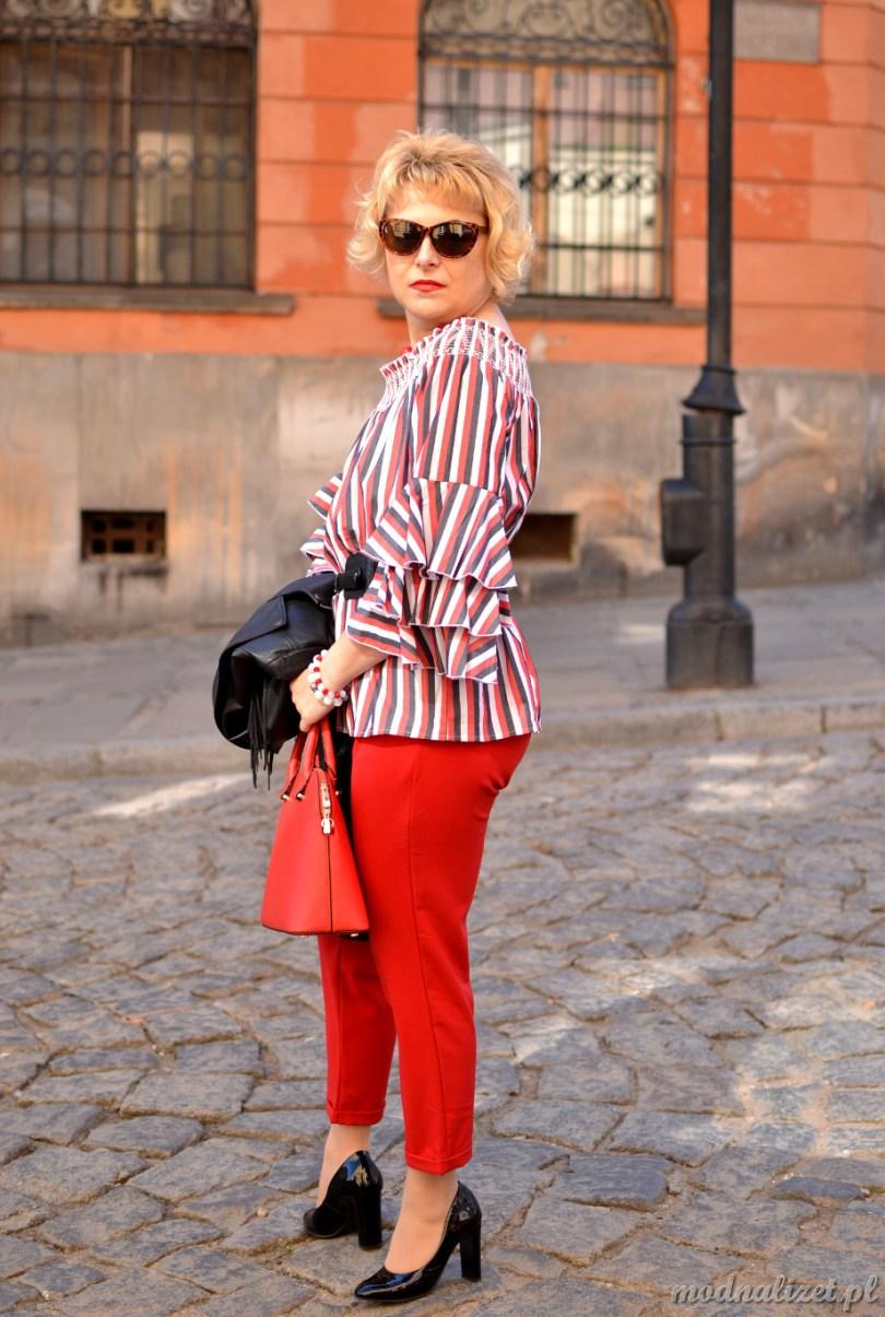 Ramoneska i czerwone spodnie
