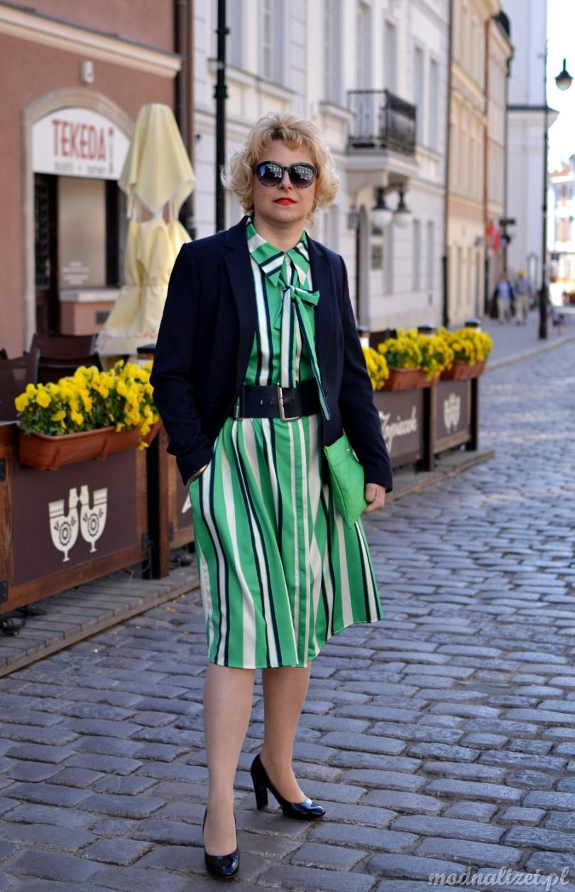 Sukienka w paski zielona