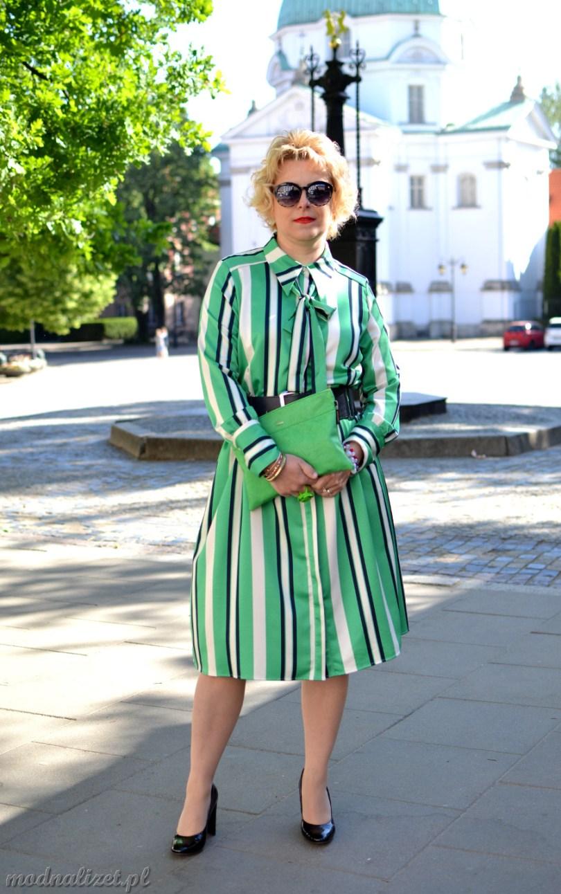 Zielona sukienka w paski modnalizet