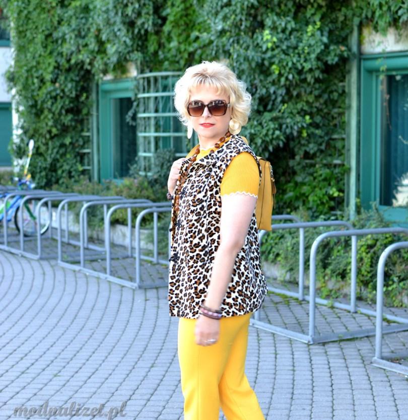 Modna Lizet żółta stylizacja