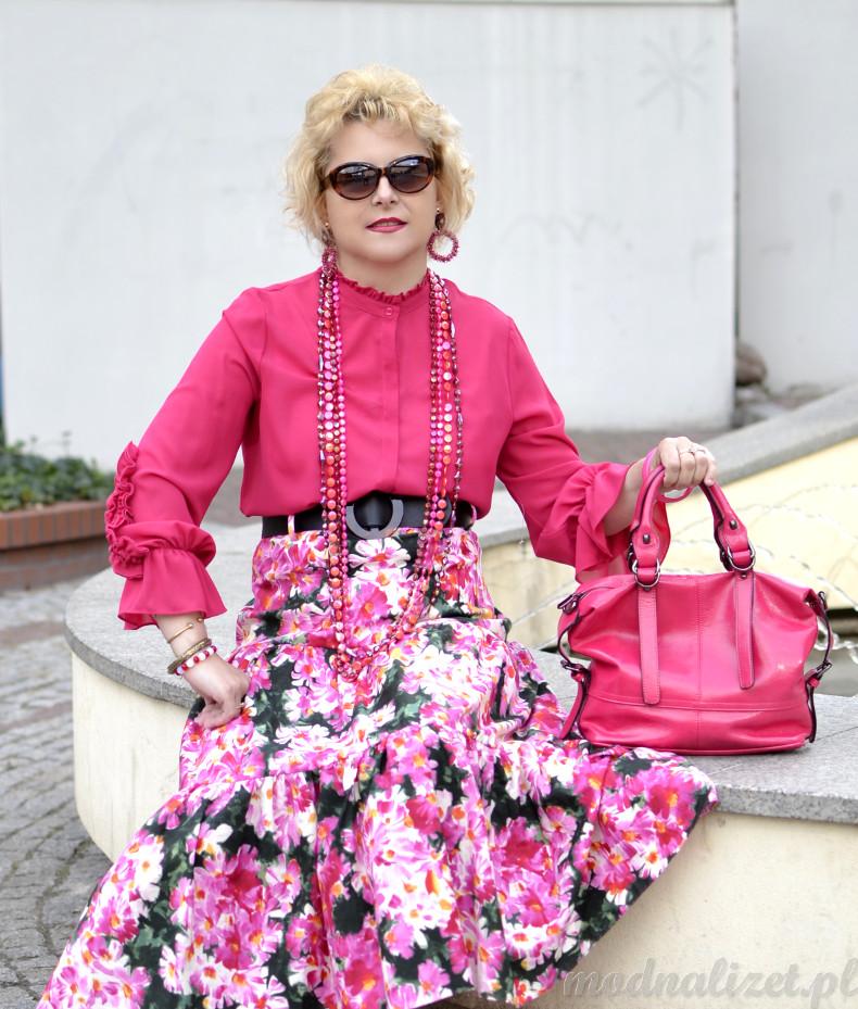 Amarantowa torebka i bluzka