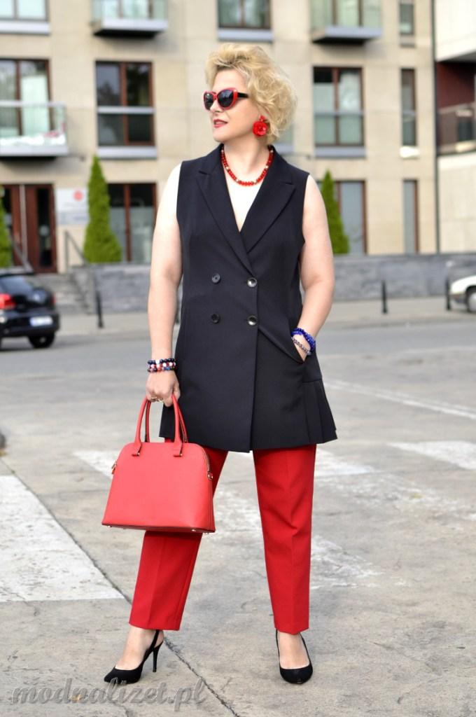 Modna stylizacja biznesowa