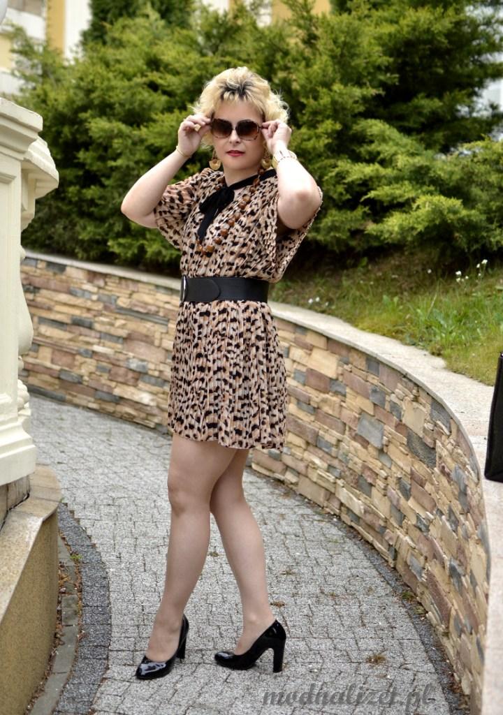 Sukienka mini z plisami