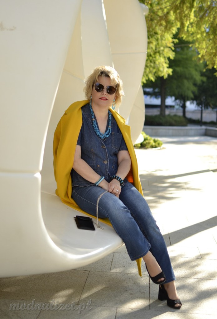 Ponadczasowy jeans zawsze modny