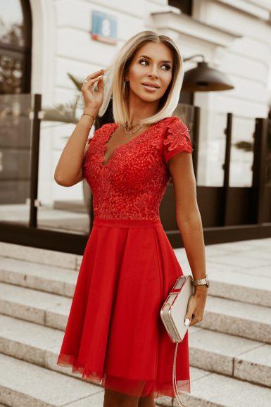 svečana-obleka-za-birmo-poroko-rdeča