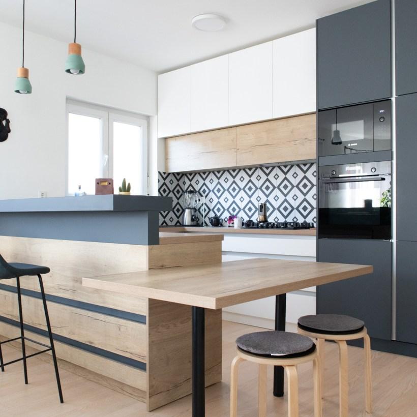 Kod izrade kuhinje posebnu pažnju posvećujemo uklapanju u prostor i tvoje navike