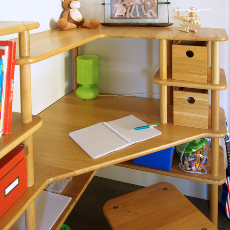 bureau angle enfant