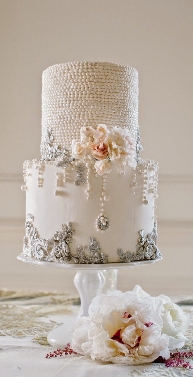 Trendy Wedding Cakes for You to Get Inspired    MODwedding wedding cake 9 09182014nz