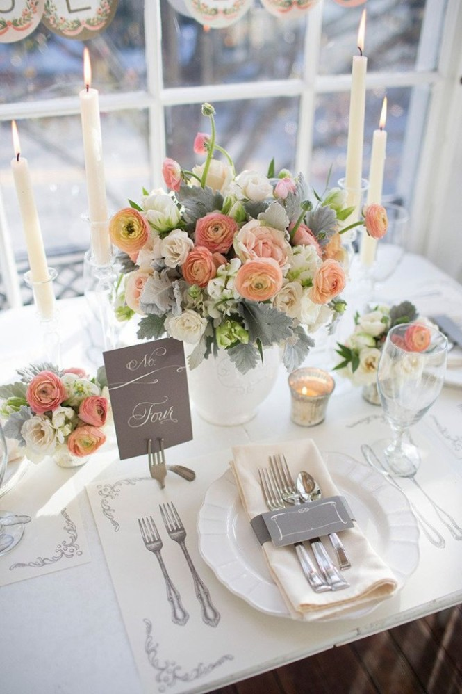 Rustic Wedding Table Setting With Wooden Slices And Lantern
