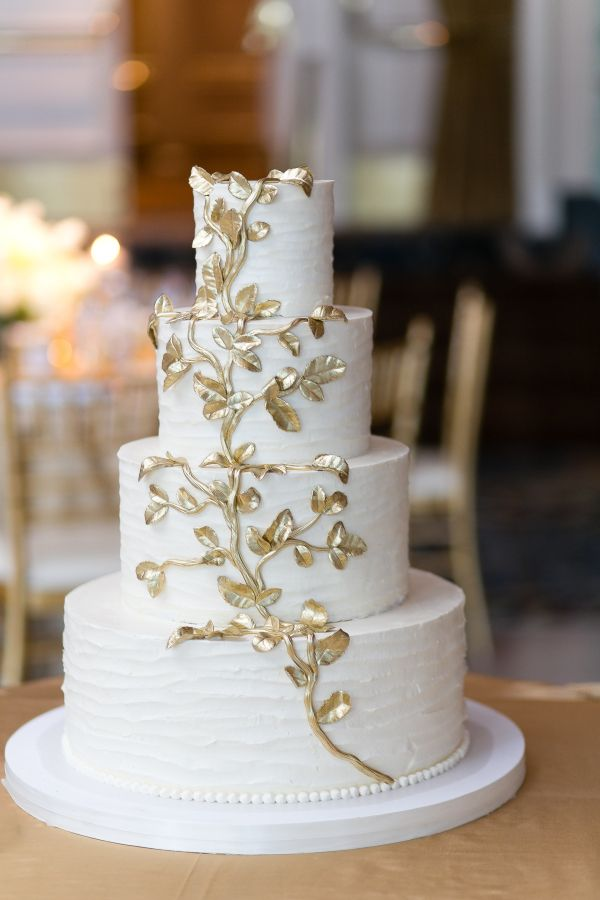 Best Wedding Cakes with Beautiful Details   MODwedding wedding cakes 2 07202015ch