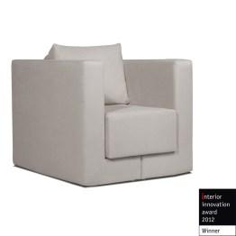 Sessel Mago I in Hellbeige ist ein ganz besonders vielseitiges Sitzmöbel