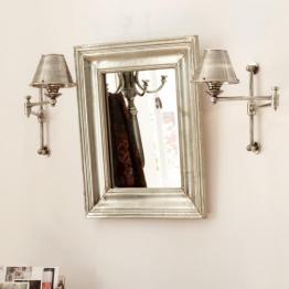 Spiegel gewinnen als zeitgemäße Wanddekoration mehr und mehr an Terrain! Sie vergrößern nicht nur optisch jeden Raum