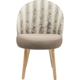 Stuhl: Schön sitzen Dieser feine Polsterstuhl zelebriert die Sitzkultur und verwöhnt mit fein aufeinander abgestimmten Proportionen