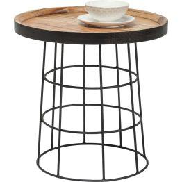 Tisch: Rodeo Drive Die Tischplatte besteht aus lackiertem Mindi-Holz in praktischer Tablettform. Für industrielle Aspekte sorgt das Stahlgestell. Damit findet der Beistelltisch aus der Country Life Serie in rustikalen wie modernen Ambiente Wertschätzung.