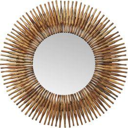 Vom Stöckchen zum Spiegelbild. Dieser originelle Deko-Spiegel wird von Holzelementen umkränzt. Natur pur mit Maserung und im nicht ganz gleichmäßigen Shabby-Look. Ein schönes Extra im Flur oder Wohnbereich.