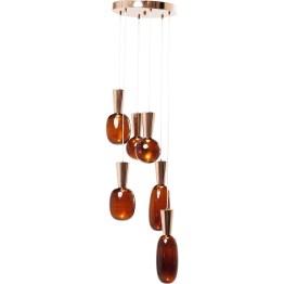 Mehr Luxus-Objekt als schnöde Beleuchtung ist diese Hängelampe mit sechs unterschiedlich geformten