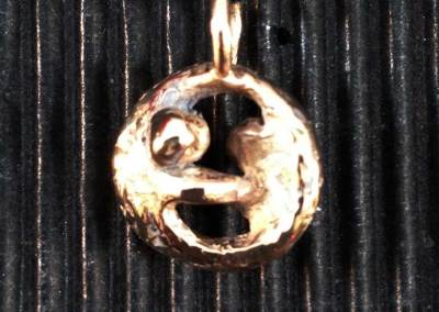 CIONDOLO ABBRACCI (bronzo 1)