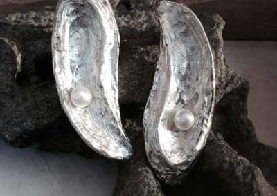 ORECCHINI FLUIDITA' (argento con perle 1)
