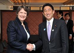 岸田外務大臣とヘレン・クラーク国連開発計画(UNDP)総裁との会談|外務省