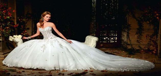 تفسير رؤية لبس الفستان الأبيض في المنام ومعناه مفسر