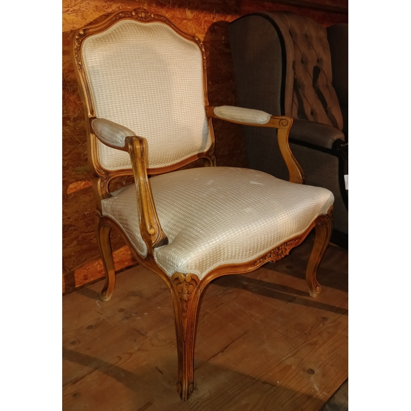 fauteuil style louis xv a dossier plat