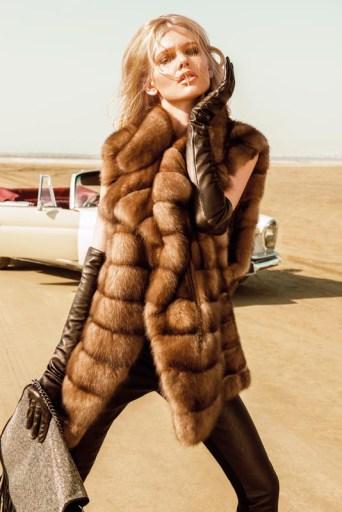 Sable vest, Avanti, fur boutique AVANTI FURS; body, Lise Charmel, Femme-Femme boutique; trousers, Trussardi Jeans, Labels boutique; leather gloves, Micillo, fur salon Vito Ponti; bag, Just Cavalli, boutique 34 the shop