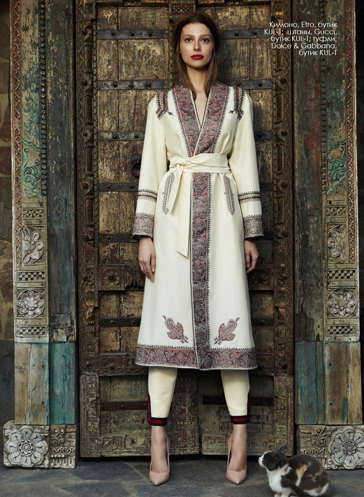 Kimono, Etro, KUL-T boutique; pants, Gucci, KUL-T boutique; shoes, Dolce & Gabbana, KUL-T boutique