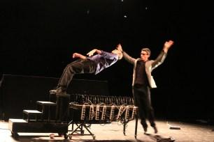 """05. Moments Cirque """"opéra Pour Sèche Cheveux"""""""